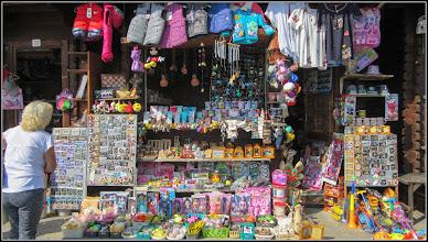 Photo: Turda - Aleea Durgăului, comerţ stradal - 2018.09.19