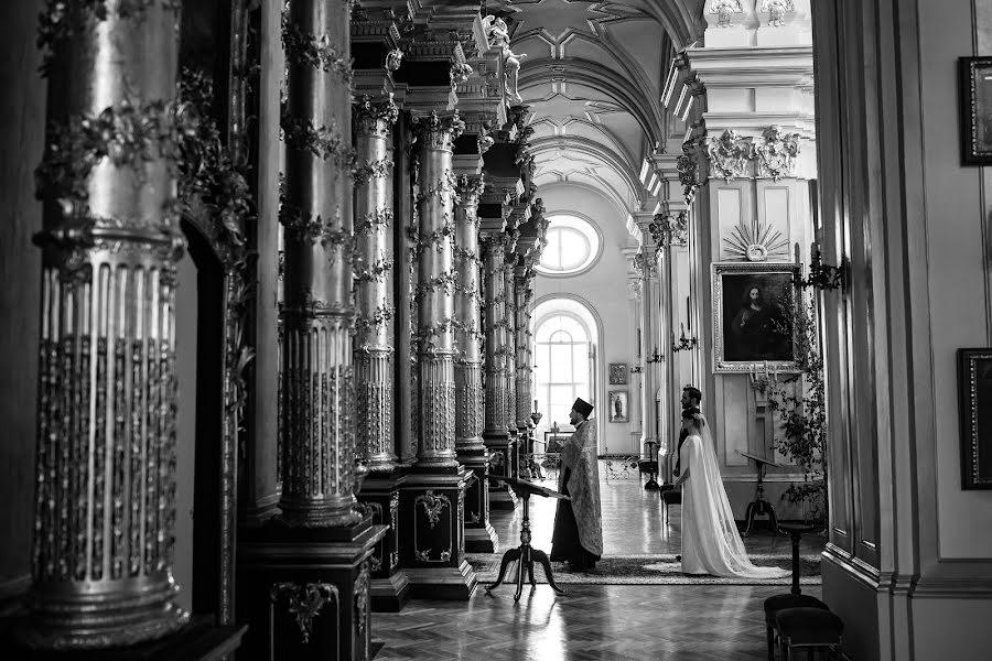 Wedding photographer Yuriy Gusev (yurigusev). Photo of 07.11.2019