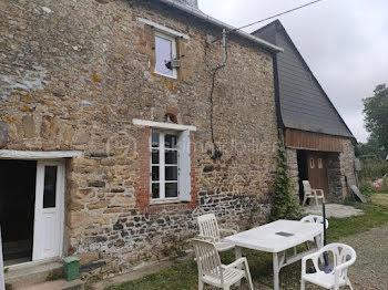 maison à Moulins (35)