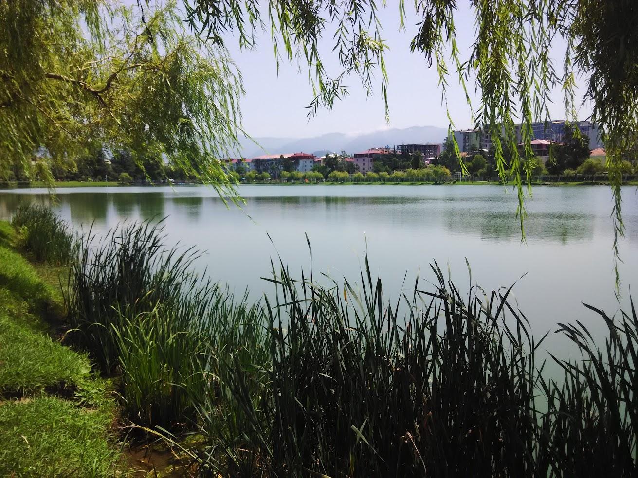 Озеро в центре Батуми
