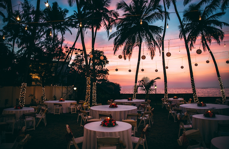 Marriage lawns Prainha Beach Resort, Goa: colourful sunset and ...