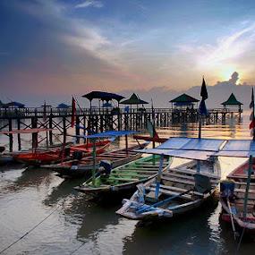 color of boats by Erwan Xu - Transportation Boats