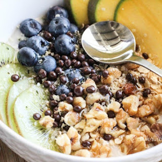 Kiwi, Blueberry & Mango Non-Dairy Yogurt Bowl