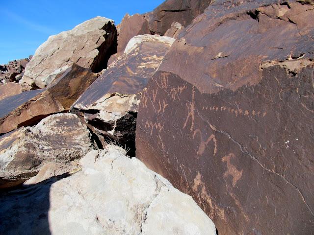 Hidden petroglyphs