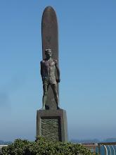 Photo: le surfer ''Longboard'' de Santa Cruz