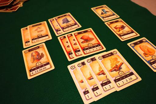考古学カードゲーム:砂嵐のあと
