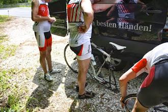 Photo: Ein Reifenplatzer hat uns hochgeschreckt. Lass nie dein Rad in der prallen Sonne stehen.