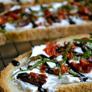 Goat Cheese and Sun Dried Tomato Crostini