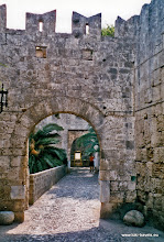 Photo: 1999-06-26. Rhodos oude stad | Rhodes old city.  www.loki-travels.eu