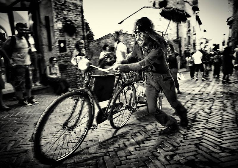 Il folle ciclista di bondell