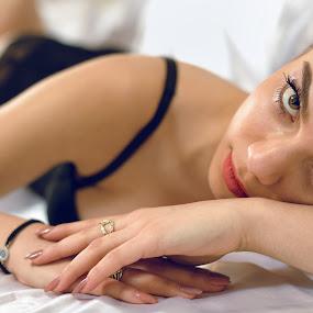 Passion by Plamen Stanchev - Nudes & Boudoir Boudoir ( luxury, love, sexy, eli boudoir, female, eyelashes, woman, lovely, passion, young, eyes, eye )