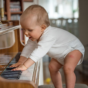 Julienne playing the Piano by Mats Andersson - Babies & Children Toddlers ( child, playing, music, piano, happy, dance )