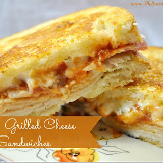 Pizza Grilled Cheese Sandwiches .