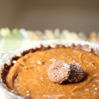 Lightened No Bake Pumpkin Cheesecake Pie with Gingersnap Crust