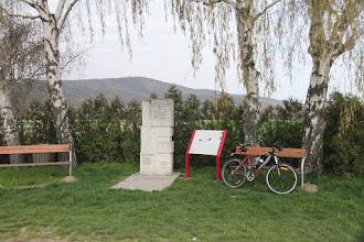 Photo: Cez pamätník je pekný výhľad na vrchol Königswarte
