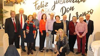 Junto a Lorenzo Campos Muñoz posaron todos los docentes que en ese momento gozan ya de su merecida jubilación.