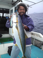 Photo: 次に船頭さんもヒット! 6.7kgでした! シマノのブルーフィンツナでキャッチでした!
