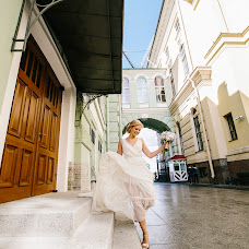 Wedding photographer Yuliya Smolyar (bjjjork). Photo of 18.03.2017