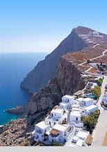 Photo: the classic image of Santorini