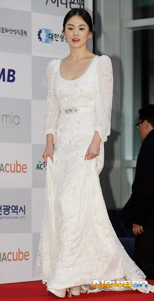 hyekyo gown 4