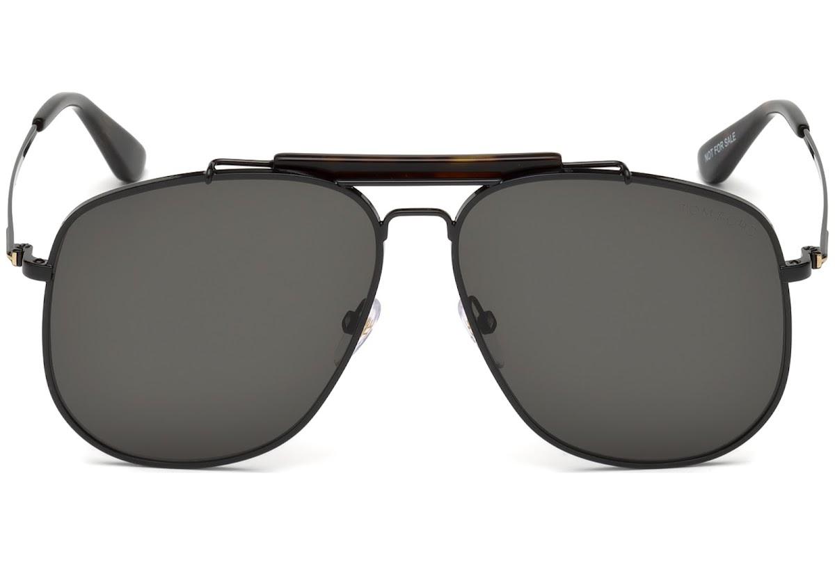 c18ef263e8 ... Sunglasses Tom Ford Connor-02 FT0557 C58 01A (shiny black   smoke). Sale