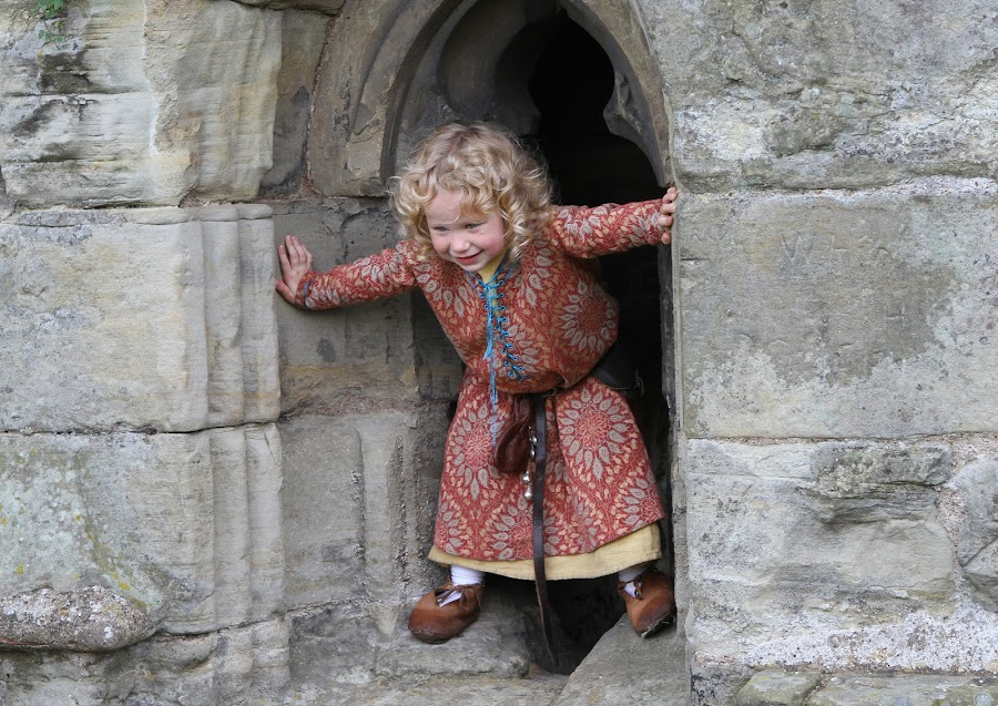 Look At Me by Jon Sellers - Babies & Children Children Candids