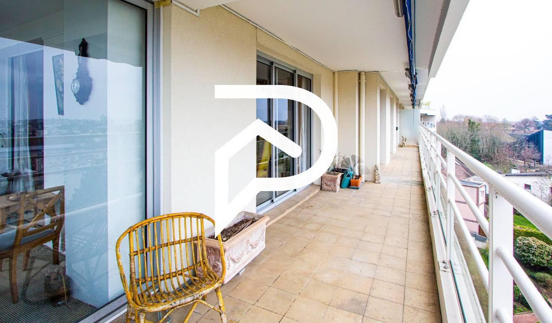 Appartement avec terrasse et piscine Saint-Germain-en-Laye
