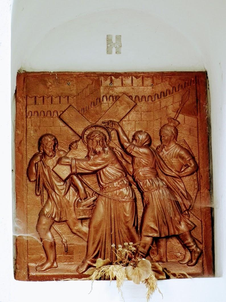 Zebegény - Urunk mennybemenetele kálváriakápolna és az oda vezető keresztút