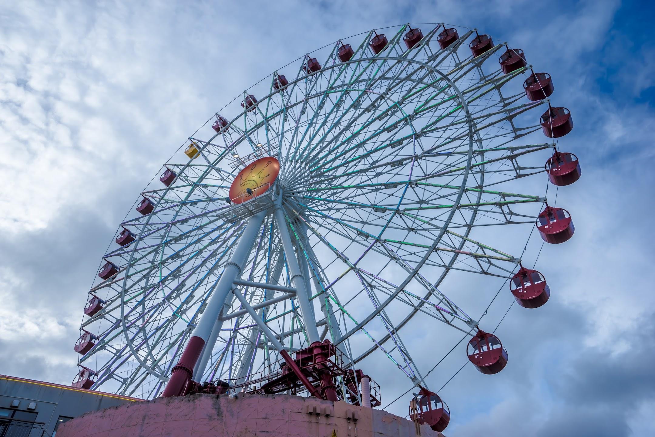 Okinawa American Village ferris wheel3