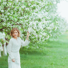 Wedding photographer Aleksandra Kikh (AleksaKikh21). Photo of 08.06.2015