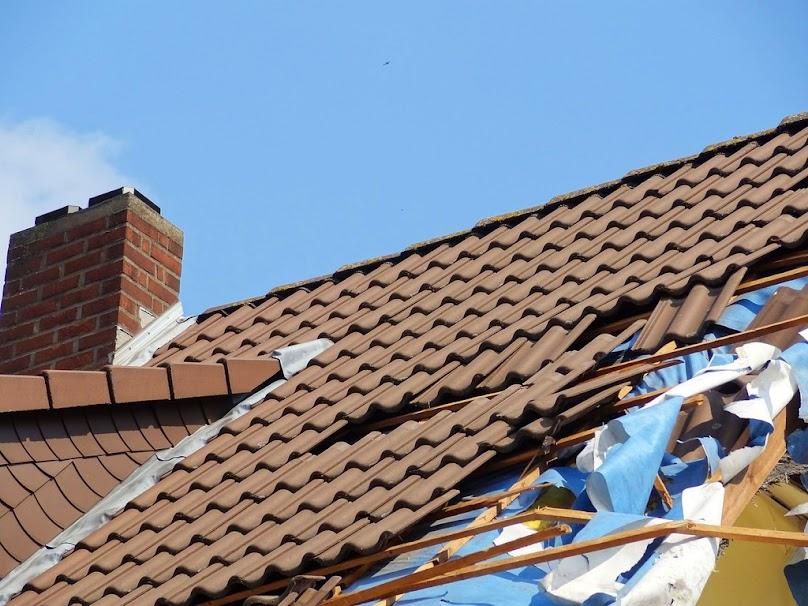 Przebudowa dachu będzie wymagała uzyskania pozwolenia.