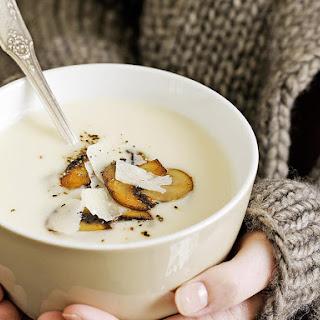 Creamy Cauliflower Soup with Garlic Mushrooms.