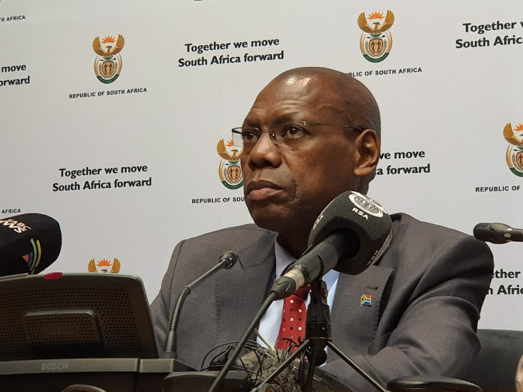 Zweli Mkhize says the government is confident that of almost 300,000 people vaccinated with the J&J vaccine in SA, there had not been any reports of adverse events caused by it, including clots. File photo.