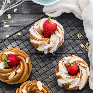 Eggless Cinnamon Mini Bundt Cakes