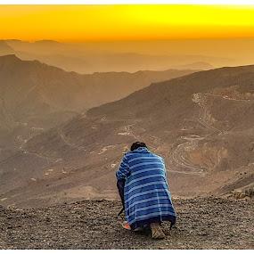 Alone.. by Ramakrishnan Sundaresan - People Professional People (  )