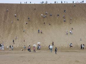 Photo: 見た目よりきつい砂丘・・