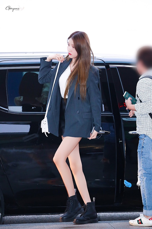 sowon body 28
