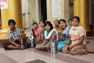Photo: Year 2 Day 54 -  A Group of Worshippers