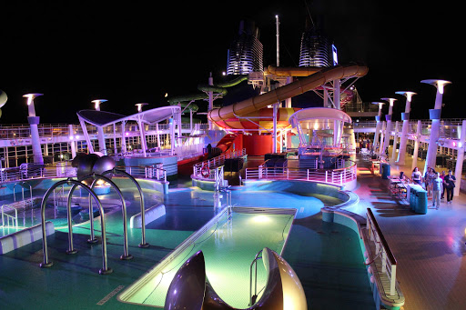 The Lido Deck of Norwegian Epic at night.