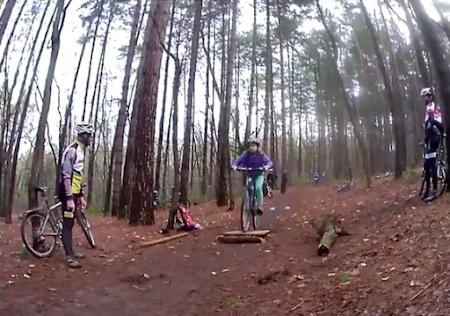 Emma, Kobe en Stijn gaan samen mountainbiken