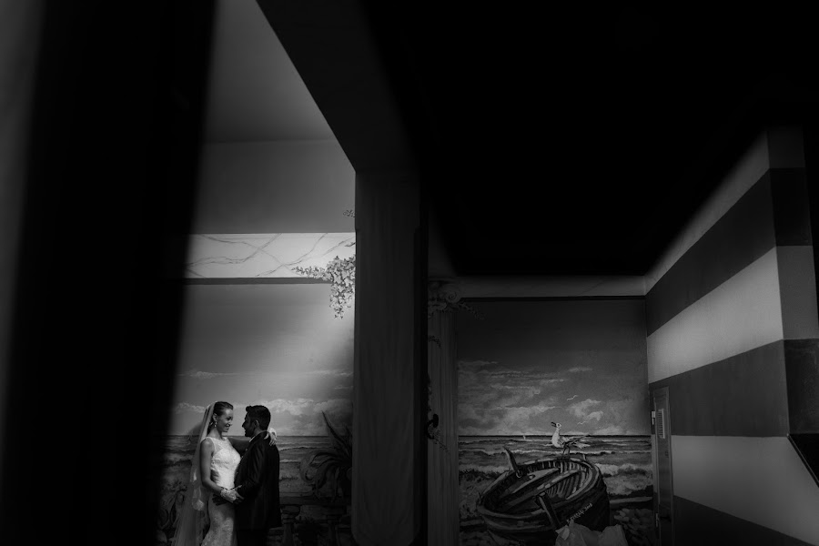 Wedding photographer Giandomenico Cosentino (giandomenicoc). Photo of 02.11.2017