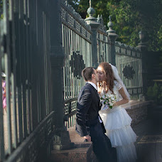 Wedding photographer Tatyana Khizhnyak (3640893). Photo of 06.10.2013