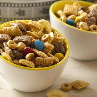 Minion Munch Chex® Party Mix.