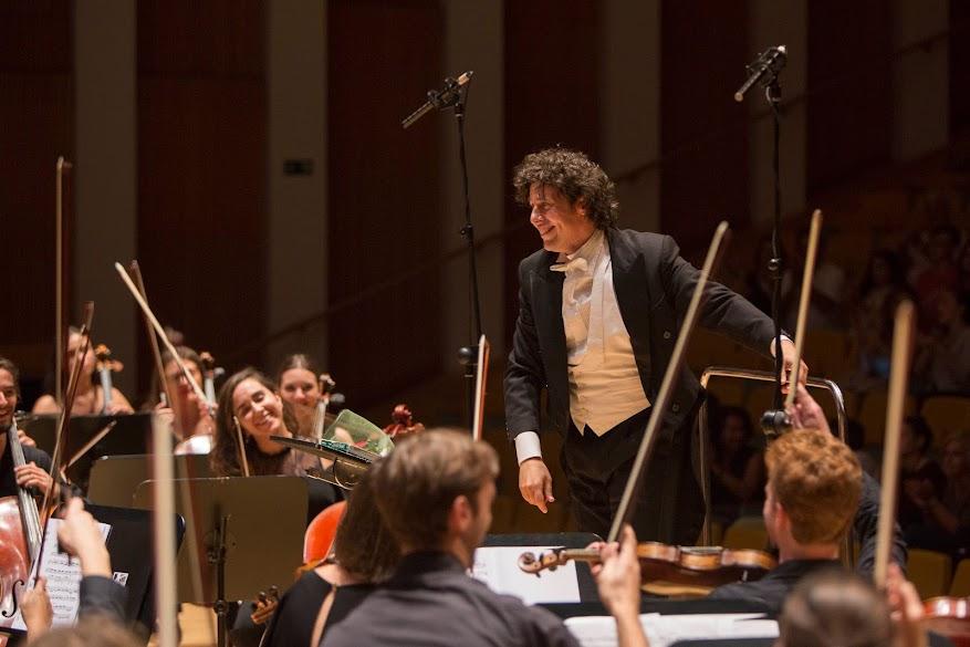 Gran éxito de la Joven Orquesta Sinfónica de la FSMCV en el Palau de la Música junto al Orfeó Valencià