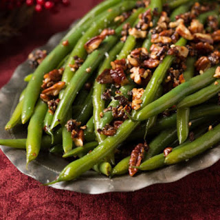 Green Beans with Caramelized Pecans