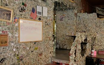 Photo: Ty też możesz wytapetować ściany !!!