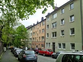 Photo: Der parallel zum Buscheyfriedhof verlaufende Teil der Grünstraße (Blickrichtung Innenstadt).