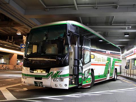 新潟交通「おけさ号」 ・997 大阪梅田 乗車改札時