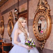 Wedding photographer Vika Burimova (solntsevnutri). Photo of 18.07.2015