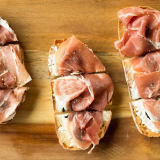 Fig, Goat Cheese and Prosciutto Bruschetta